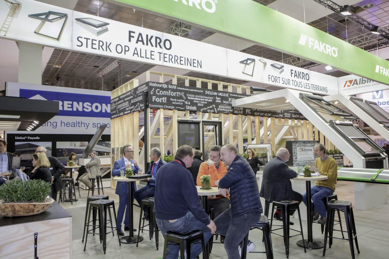 dbbafd79755 3- of 4-delige opvouwbare houten zoldertrap - FAKRO