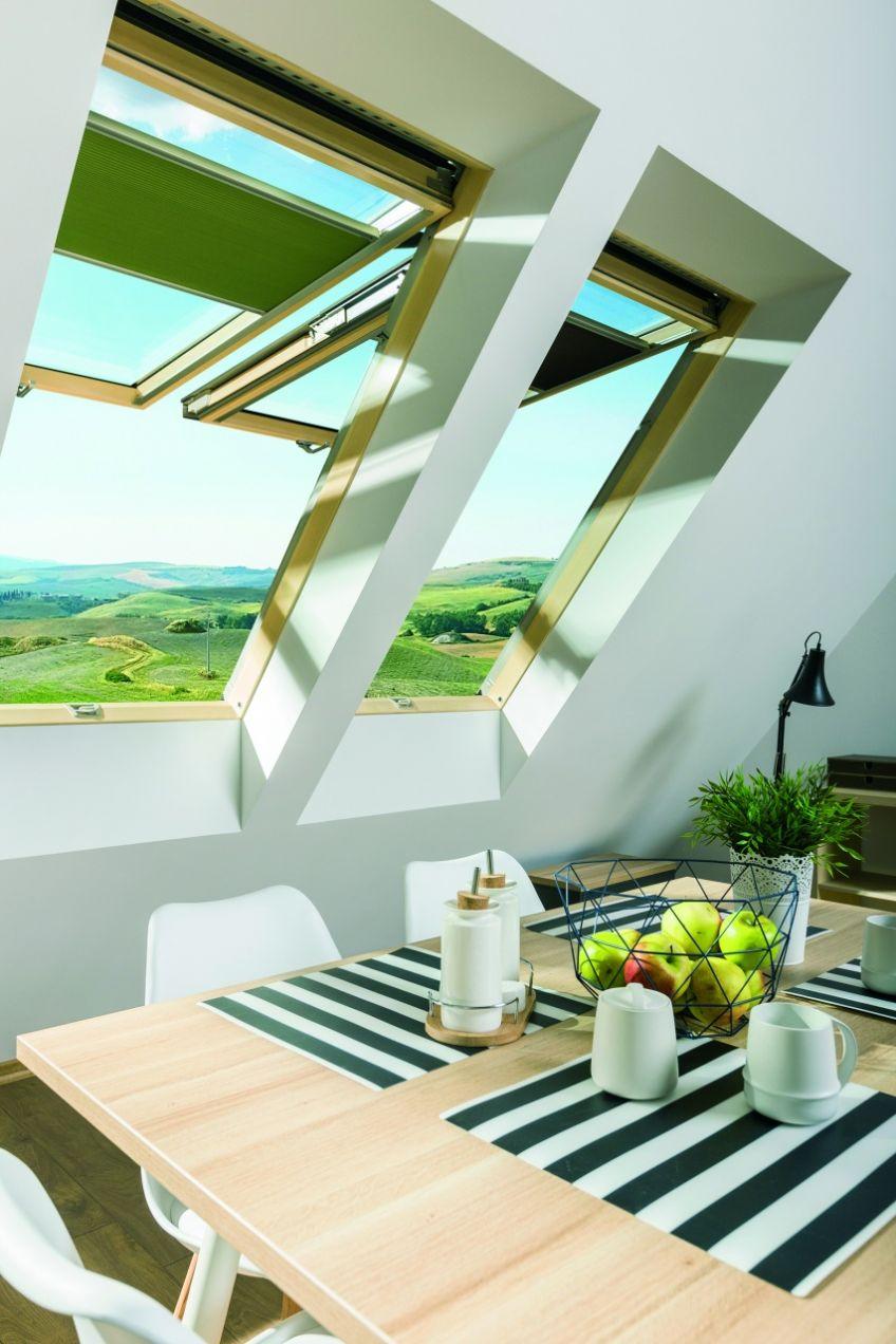 fakro introduit nouvelle fen tre de toit projection et. Black Bedroom Furniture Sets. Home Design Ideas